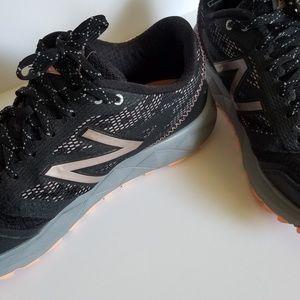 EUC New Balance All Terrain Running Shoes/Sneakers